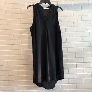 Lush Black Sleeveless V Neck Dress, Large